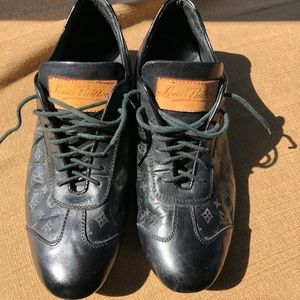 LV Black Lace Up Monogrammed Leather Shoes